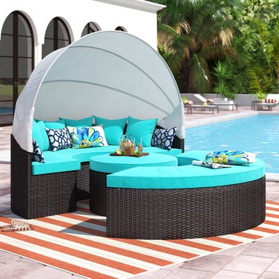 Brentwood Daybed Sectional with Roof